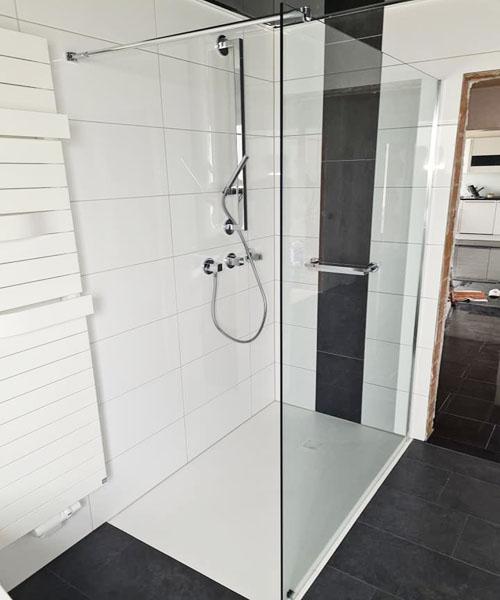 Gestaltung einer Walk-in Dusche